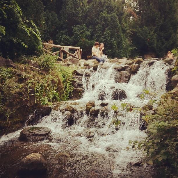 cachoeira no centro de b.