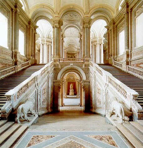 Scala_Reggia_Casertana
