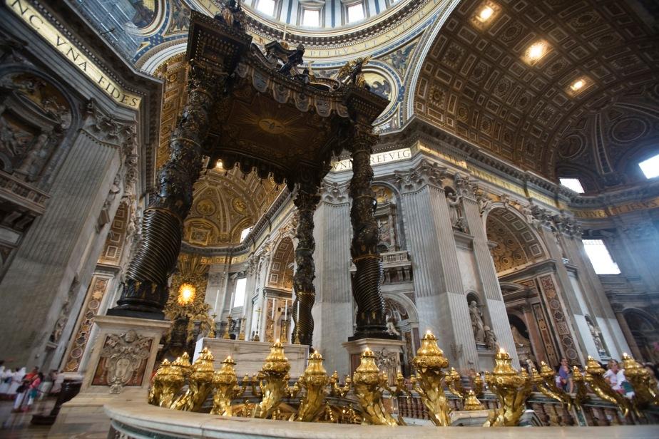 Basilica_di_San_Pietro,_Rome_-_2674