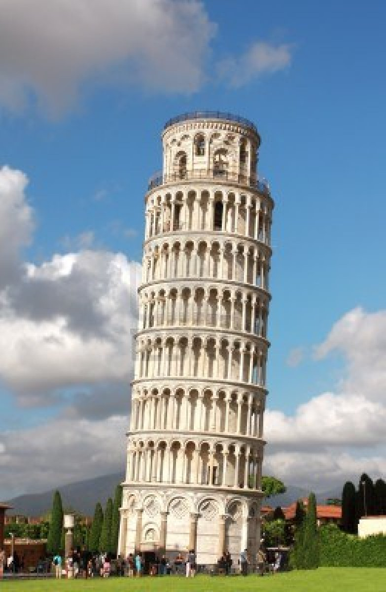 14475468-leaning-tower-of-pisa-summer-day